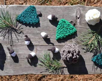 In the woods Collection, Christmas, ornaments, Crochet pattern, pine cone, Christmas tree, acorn, pine cone ornament