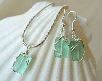 Light green sea glass set aqua green sea glass necklace and earrings wire wrapped sea glass jewelry wire bridesmaid set bridal jewelry gift