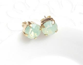 Bridal earrings studs Swarovski crystal, gold wedding earrings, Crystal jewelry, mint earrings, Bridal jewelry, Green aqua earrings