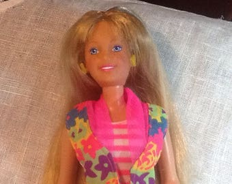 1987 Blond Barbie, long hair, blue eyes, freckles, suntan with dress, phone and tennis shoes