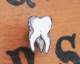 Brooch tooth hand drawn