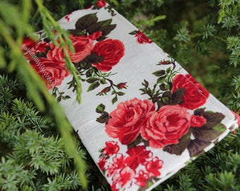 "Linen Lipstick Case ""Love Roses"" - Cosmetic Bag / Pencil Case / Cosmetic Organizer"