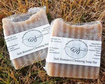 Soft Romance Soap Bar with Kaolin Clay | Body Cleansing Bar | Palm Free