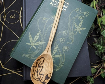 Oak Wood Spoon With Oak Leaf and Helmet of Awe - Kitchen Magic -Strength & Courage -  Wicca, Witchcraft, Pagan,pyrography