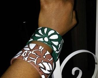 Set of 2 Unique Attractive Hand Painted Floral Bracelet Bangles, Womens Jewelry, Bangle Bracelet, Large Bracelet, Large Bangles