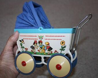Reproduction 1927 Paya Toy Baby Buggy