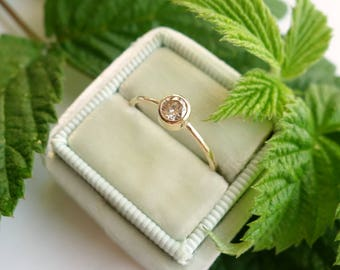 Top Light Brown Diamond Solitaire