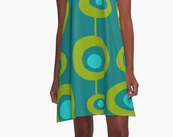Party Dress, Summer Dress,  Retro Dress, Womens Gift, Dress,  Retro Dress, XL Dress, Retro, Mini Dress, Mod Dress, Green Dress, Casual Dress