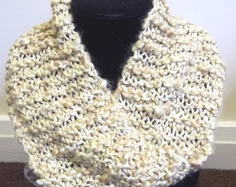 Mobius scarf / cowl in fawn