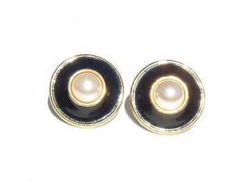 1970s Sophisticated Enamel and Faux Pearl Earrings