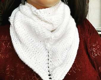White Knitted Neck Warmer - Kerchief