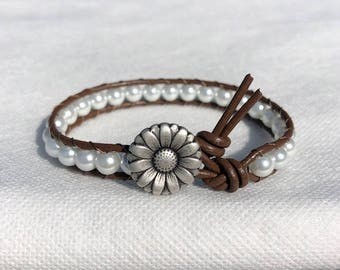 Pearl Beaded Leather Bracelet with Daisy Button