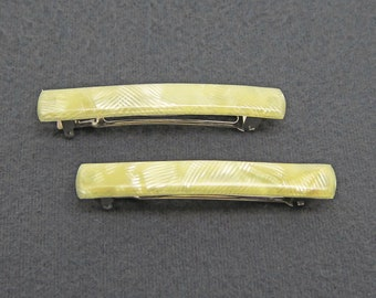 80's vintage hair barrette clip pair, pearly striated pale yellow plastic, made in France, new-old-stock