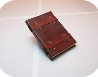 Leather Diary - Sketchbook - Journal - Retro - Unique