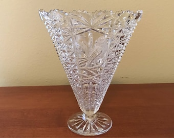 Vintage Pressed Glass Fan Vase - The Byrds Collection by Hofbauer