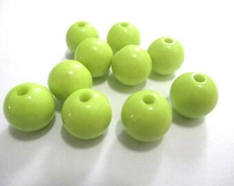 10 lime green acrylic beads 12mm