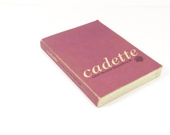Cadette Girl Scout Handbook - 1963 - 60s Vintage Girl Scout First Edition