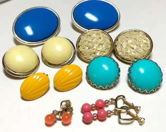 Seven pairs of vintage earrings, mixed bright colors, clip and screwback, vintage craft lot, vintage earrings, wedding crafts 1960s-80s E79