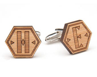 Wood Cufflinks - Monogram Wood Cufflinks - Fifth Anniversary Gift - Eco Friendly Cufflinks - Wedding Cufflinks - Gift for Groom & Groomsmen