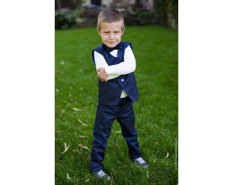 Gorgeous ring bearers outfit, Wedding costume for boys, Little gentlemen, Elegant boy costume, boys suit set, custom embroidery, navy blue