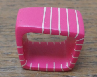 Resin square ring - cerise with nude stripes