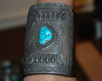 Outstanding Early Vintage Hand Wrought Navajo Turquoise Ketoh