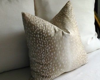 Antelope Pillow Cover Fawn Vern Yip 18x18 20x20 22x22 Accent Throw 13x20 13x22 14x22 14x26 14x30 14x36 16x26 16x30 16x36 Lumbar
