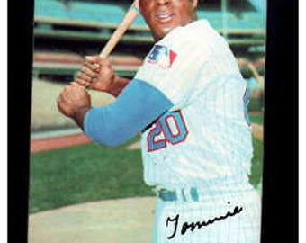 Vintage 1970 Topps Supers #42 Tommie Agee  NM