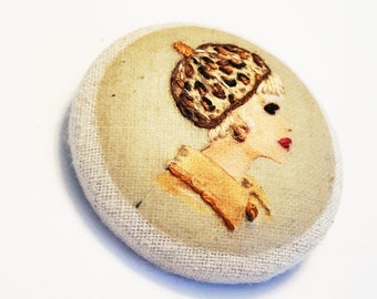 brooch pin round embroidered, Lady with a beret, fashion textile jewelry, vintage, retro brooch, vintage jewelry, nayquach embroidery