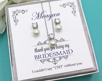 Bridesmaid Pearl Jewelry Set, Crystal Bridesmaid Necklace Gift Set, Bridesmaid Jewelry Gift, bridesmaid jewelry set, Carolyn Bridesmaids Set
