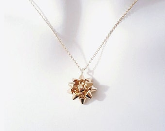 Gold Gift Bow Necklace, Holiday Necklace, dainty jewelry, gift bow jewelry, minimalist necklace, Christmas Bow Necklace, Holiday jewelry