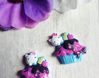 Set of 2 cabochon shaped blue cupcake and cat resin