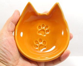 Cat dish, ring bowl, spoon rest, jewelry holder, tea light holder, tea bag rest, ceramic dish, mustard cat dish, key holder, cat lovers gift