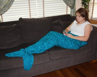 Adult Mermaid Tail Blanket Knitting Pattern  - PDF 415a - INSTANT DOWNLOAD -- Circular and Back-and-Forth Options Included