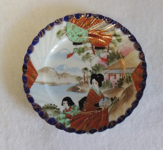 Antique Porcelain Hand Painted Geisha Girl Plate JAPAN Gorgeous Colors & Gilt