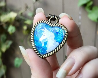Night Sparkle Unicorn Heart Pendant