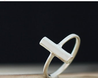 Mothers Day Sale Balance. Sterling Silver Single Bar petite  Midi Ring