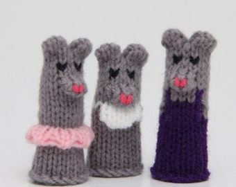 Mouse Family Finger Puppet Set (Includes Dad Mouse, Mom Mouse, Brother Mouse, Sister Mouse, and Baby Mouse.)  We can create custom orders.