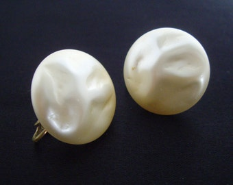 Vintage Earrings, White Faux Pearl, Textured, Clip On, Screw Back, Richelieu, Women's Ladies Costume Jewelry
