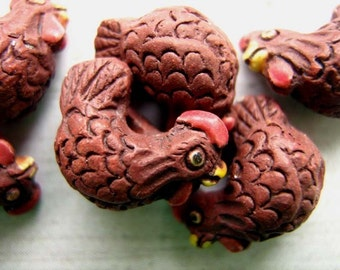 4 Tiny Chicken Beads - Brown - CB356