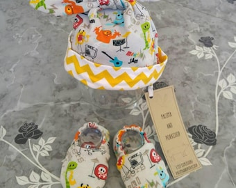 Welcome Home Newborn Set, Baby Shower Gift - Baby Hat, Baby Shoes - Rock Monsters and Yellow Chevron