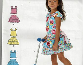 Simplicity Patterns so525/1627 Little Girls Scooter Skirt and Top  Size  3-8  Uncut Factory Folded