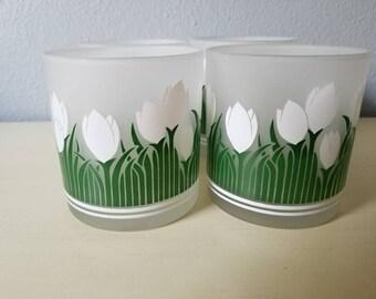 Vintage Smokey tulip tumblers