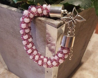 Beaded bracelets with butterfly purple/pink