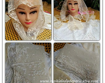 Victorian Bride Veil Mantilla off white French cotton tulle hand embroidered Collectible #sophieladydeparis