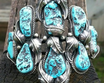 Vintage / Antique Sterling Silver Turquoise Handcrafted Cuff bracelet