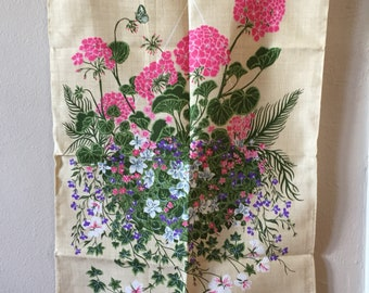 Vintage Tea Towel Kitchen Decor 1960s Hanging Basket by Ulster Linen Towels 60s Souvenir Towels Wedding Housewarming Gifts Kitchen Cottage