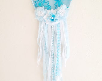 Teal Lace Dream Catcher / Boho Chic / Shabby Chic / Frozen