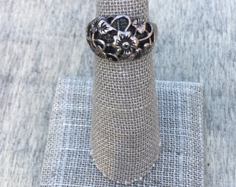 Vintage Flora & Fauna Sterling Silver Ring