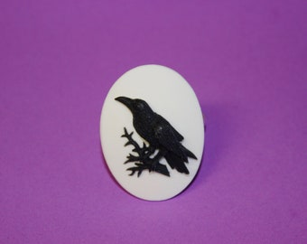 Large Black and White Crow Cameo Ring